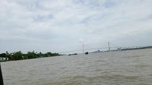 移動中のメコン川