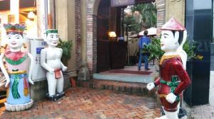 ホーチミン水上人形劇場入口