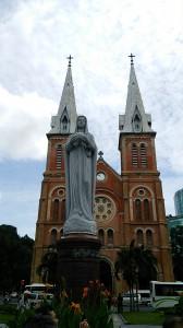 サイゴン大教会のマリア像