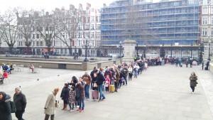 大英博物館の行列