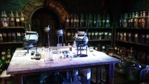 魔法薬学の教室